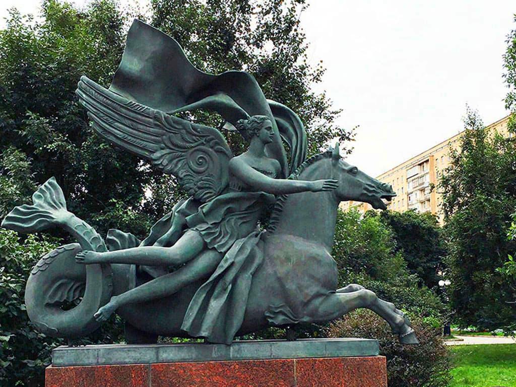 skulptura-allegoriya-vody-na-ukrainskom-bulvare_06