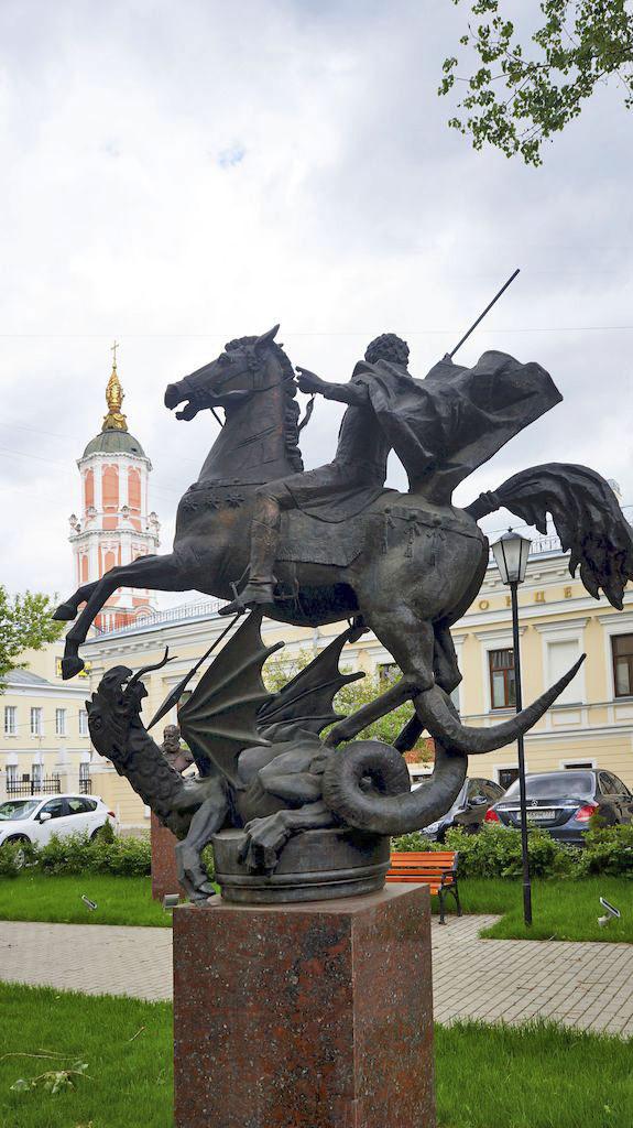 29_skulptura-georgiya-pobedonosca
