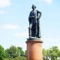 Фото - Памятник Суворову на Суворовской Площади (Москва)