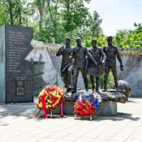 Фото - Памятник Героям Чернобыля на Поклонной Горе (Москва)